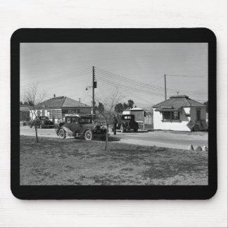California Dreamin': 1939 Mouse Pad
