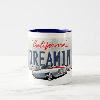 California dreamin-Camaro2 plate Mug