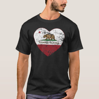 california flag victorville heart distressed T-Shirt