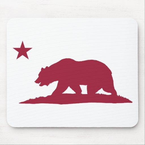California Republic Bear - Red Mouse Pad