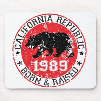 California Republic born raised 1989 Mouse Pad