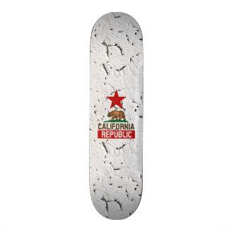 California Republic Peeling Paint Decor Skateboard
