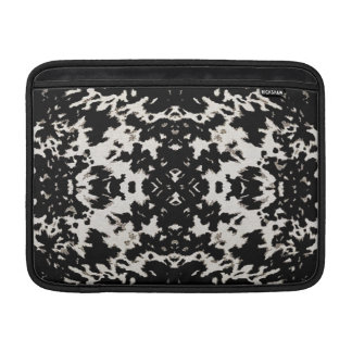 Calista Fashion Motif Design in Black Sleeve For MacBook Air