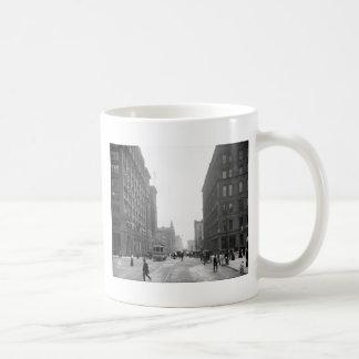 Calle de Griswold Detroit 1906 Tazas De Café