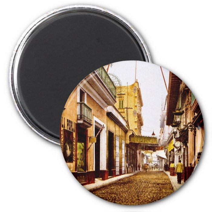 Calle de Habana Havana Cuba 2 Inch Round Magnet