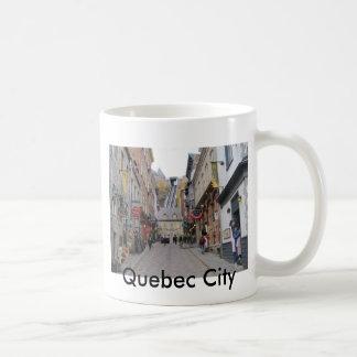 Calle de la ciudad de Quebec Taza Clásica