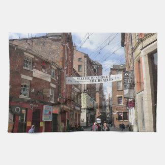 Calle de Mathew en Liverpool Toalla