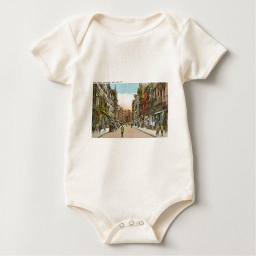Calle de Mott, CHINATOWN, New York City (vintage) Body Para Bebé