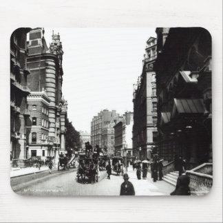 Calle de Victoria, Londres, c.1890 Tapetes De Ratones