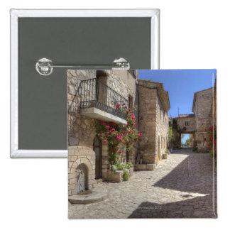 Calle del guijarro, edificios de piedra, histórico pins