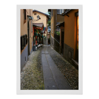 Calle del guijarro en Bellagio Póster