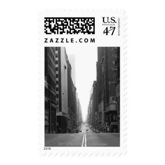 Calle en la ciudad B&W de NY Sello Postal