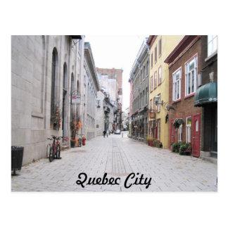 Calle en la ciudad de Quebec vieja Tarjetas Postales