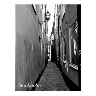 Calle estrecha en Estocolmo Postal