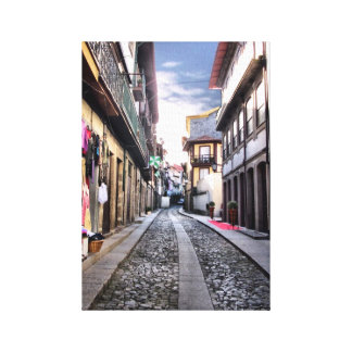 Calle medieval de Guimaraes, Portugal Impresión En Lienzo Estirada