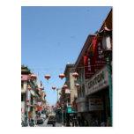 Calle muy transitada en Chinatown, San Francisco Postal