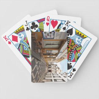 Calle peatonal baraja cartas de poker