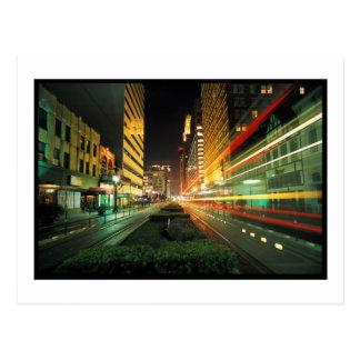 Calle principal de Houston en la noche Postal