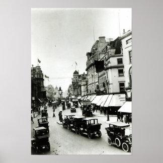 Calle regente, los años 10 póster