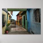 Callejón colorido de Guayaquil Póster