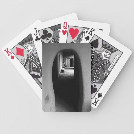 Callejón de Adobe: Foto negra y blanca Baraja Cartas De Poker