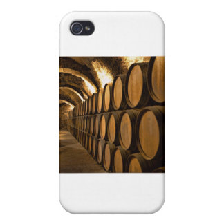 Callejón de barriles en el lagar iPhone 4 fundas