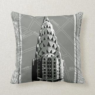 Calles de Nueva York con Empire State Building Cojín