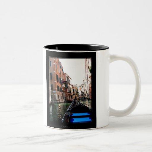 Calles de Venecia Taza Dos Tonos