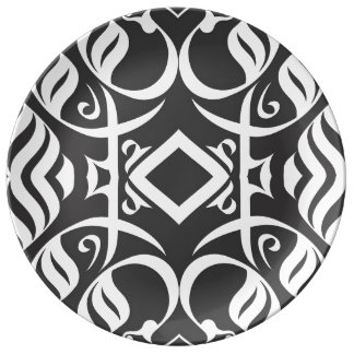 Calligraphic Dinnerplate in Black and White Porcelain Plate