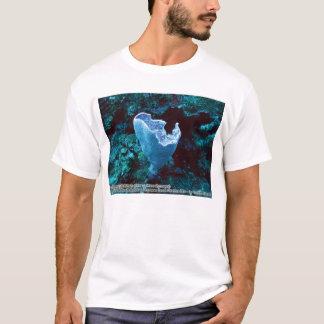 Callyspongia plicifera (Azure Vase Sponge) T-Shirt