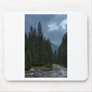 Calm to rivet mouse pad