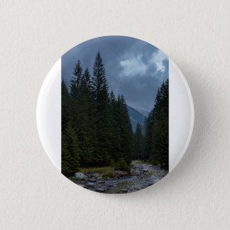 Calm to rivet pinback button