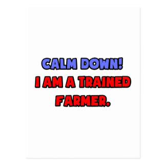 Calme abajo Soy un Famer entrenado Tarjetas Postales