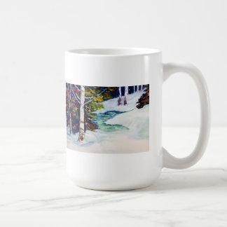 Calor del invierno taza clásica