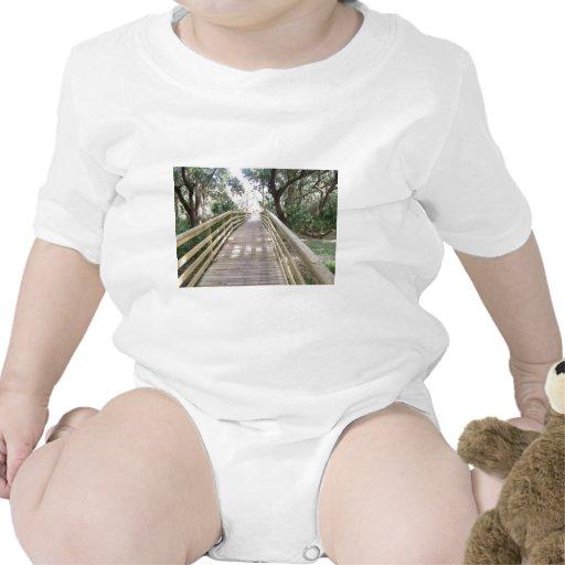 Calzada de madera traje de bebé
