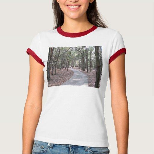 Calzada en la camiseta del campanero del parque de