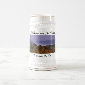 Calzada sobre el Hudson Stein Jarra De Cerveza