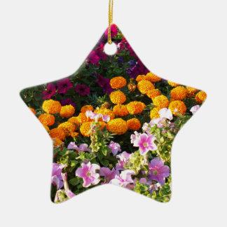 Cama de flor colorida adorno navideño de cerámica en forma de estrella