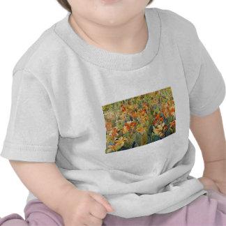 Cama de Maurice Prendergast de flores Camiseta