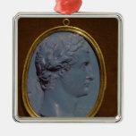 Camafeo que lleva el perfil de Tiberius Ornamento De Navidad