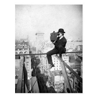 cámara antigua en una foto del vintage del highris tarjeta postal