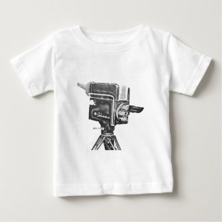 cámara de televisión del estudio de la difusión de polera