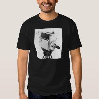 Cámara de televisión vieja TK de la difusión Camisas