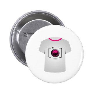 Cámara digital de la plantilla de la camiseta pin