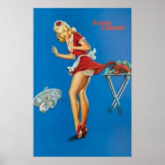 Camarera rubia de la langosta fresca pellizcada póster