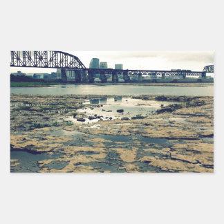 Camas del fósil del río Ohio Pegatina Rectangular