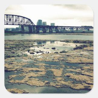 Camas del fósil del río Ohio Pegatina Cuadrada
