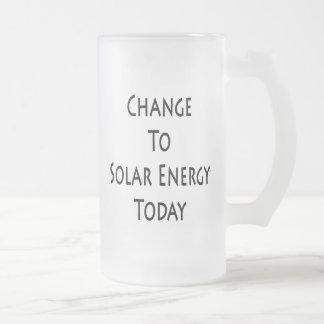 Cambie a la energía solar hoy taza