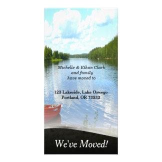Cambio del barco de la orilla del lago de tarjeta tarjetas fotográficas personalizadas