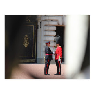Cambio del Buckingham Palace del guardia Postales